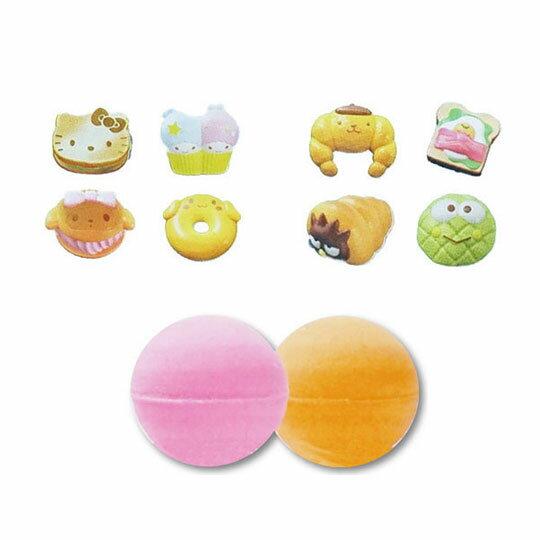 〔小禮堂〕Sanrio大集合 造型入浴球《8款隨機.紅.麵包》入浴劑.泡澡球 1