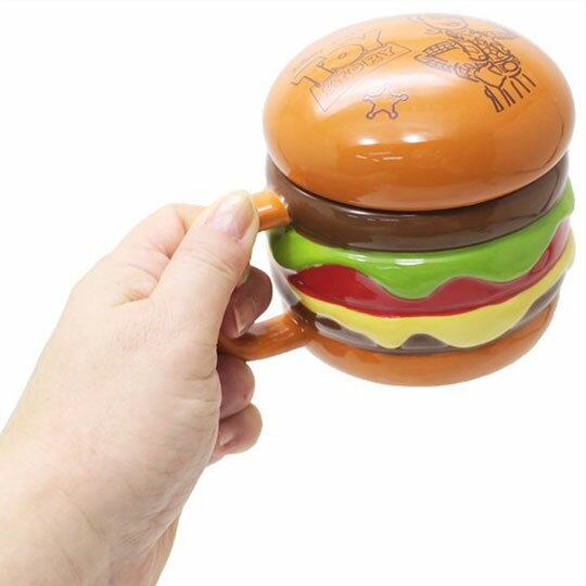 〔小禮堂〕迪士尼 玩具總動員 漢堡造型陶瓷馬克杯附蓋《棕》350ml.咖啡杯.茶杯 3