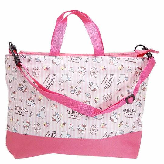 〔小禮堂〕Hello Kitty 尼龍橫式拉鍊斜背袋手提袋《粉.直紋》側背袋.肩背袋.書袋 0
