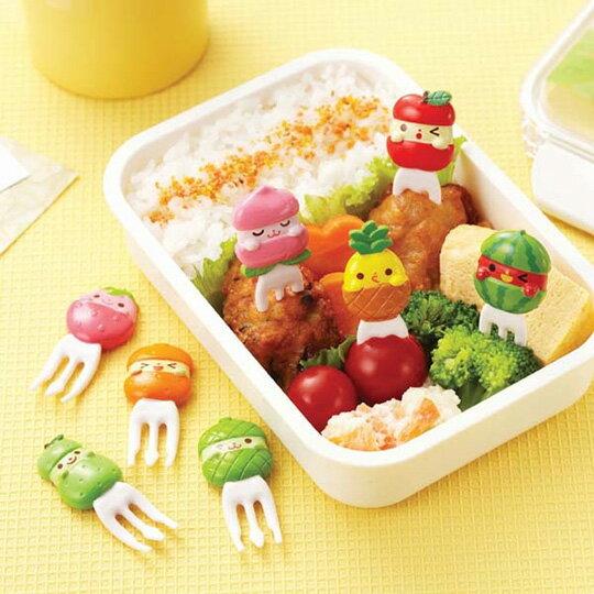 〔小禮堂〕日本TORUNE 水果造型塑膠食物裝飾叉組《8入.綠》甜點叉.水果叉.食物叉 1