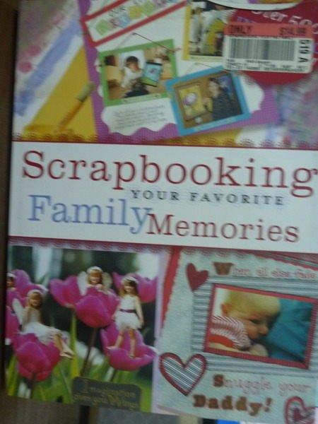 ~書寶 書T8/原文書_QLR~Scrapbooking Your Favorite Fa