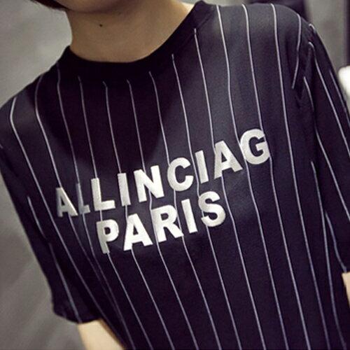 上衣 / T恤 - 休閒圓領短袖印花字母直條寬鬆上衣【29106】藍色巴黎《2色》現貨+預購 2
