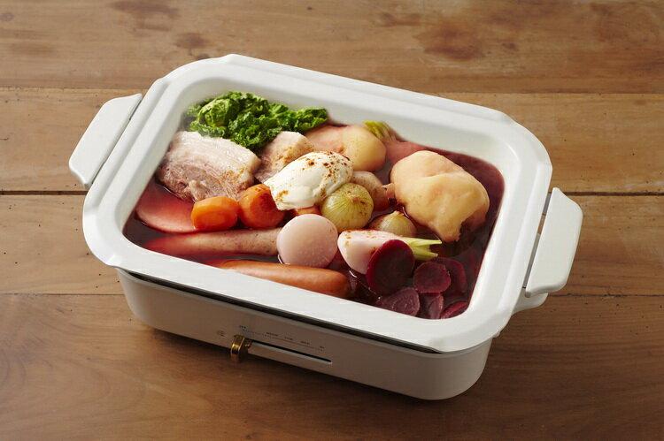 【日本BRUNO】多功能鑄鐵電烤盤(經典紅)+料理深鍋 4