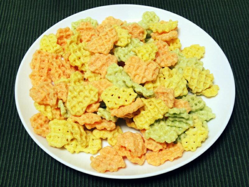 【Calbee卡樂比】黃綠色野菜脆片-清爽沙拉口味 心型薄脆餅乾 55g 3.18-4 / 7店休 暫停出貨 1