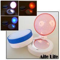 【aife life】LED兩段式按壓美妝鏡/多功能/方便攜帶/警示燈/求生,出門不只要美美的,還要隨身求救警示燈,二合一商品,現代女生不可少!!