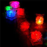 【aife life】七彩LED發光冰塊燈~夢幻水晶造型可放水中使用、多段燈光變化~可當居家裝飾品/拍照攝影/婚禮喜慶聖誕佈置