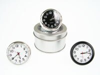 【aife life】圓球造型桌鐘時鐘,很有普普風的感覺,又很有型喔,還附鋁盒包裝