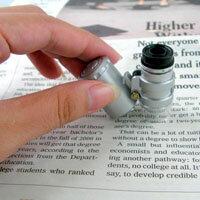 【aife life】超迷你60倍顯微鏡、驗鈔燈,NO.9882型號 附LED燈、可調焦距