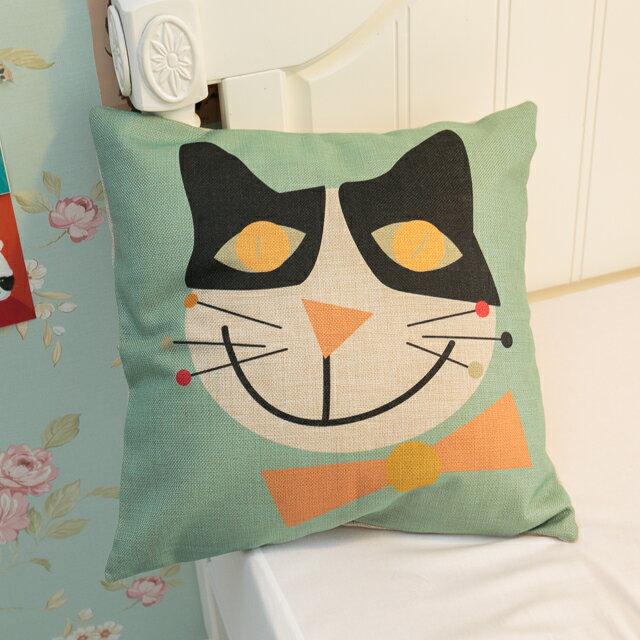 大眼黑白貓抱枕  棉麻材質   45cmX45cm 花色獨特 觸感扎實 0