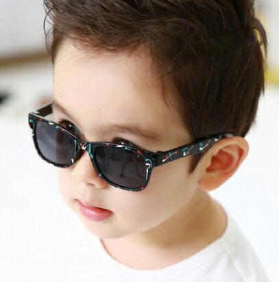 Kocotree◆創意個性塗鴉設計兒童防紫外線護目太陽眼鏡-黑色