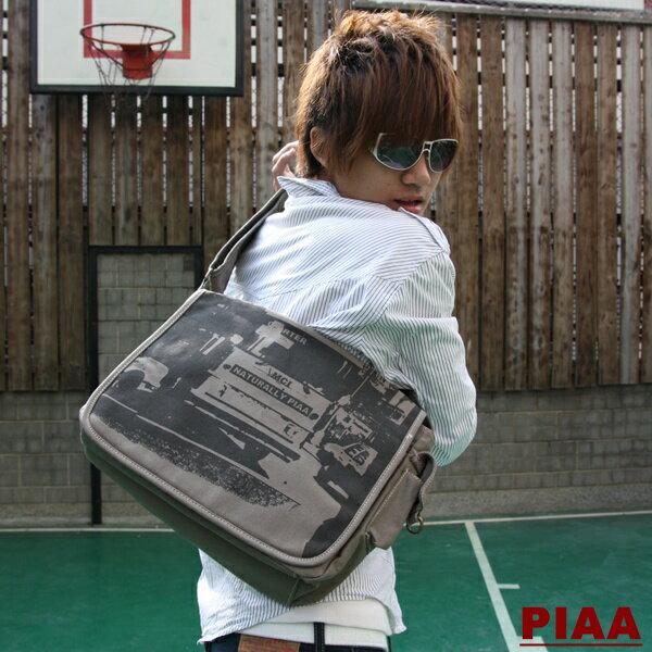 15-69811b【PIAA 皮亞 】率性休閒★超實用簡約款大容量斜背包
