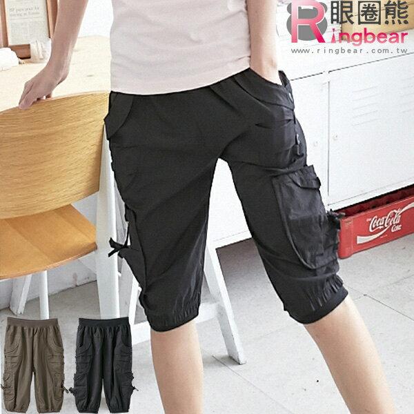 工作褲--造型感十足鬆緊褲頭裝飾釦多重口袋工作五分褲(黑.綠M-2L)-S63眼圈熊中大尺碼