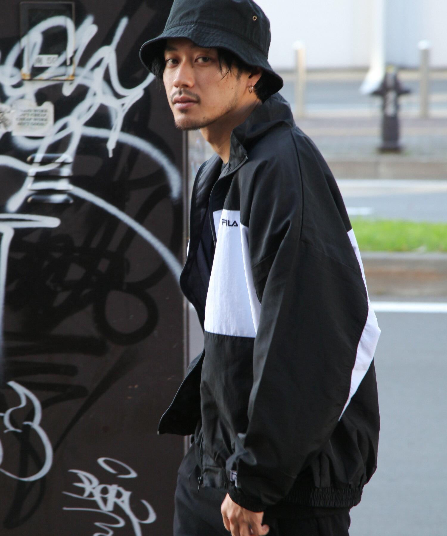 【FILA】LOGO刺繡登山外套 3
