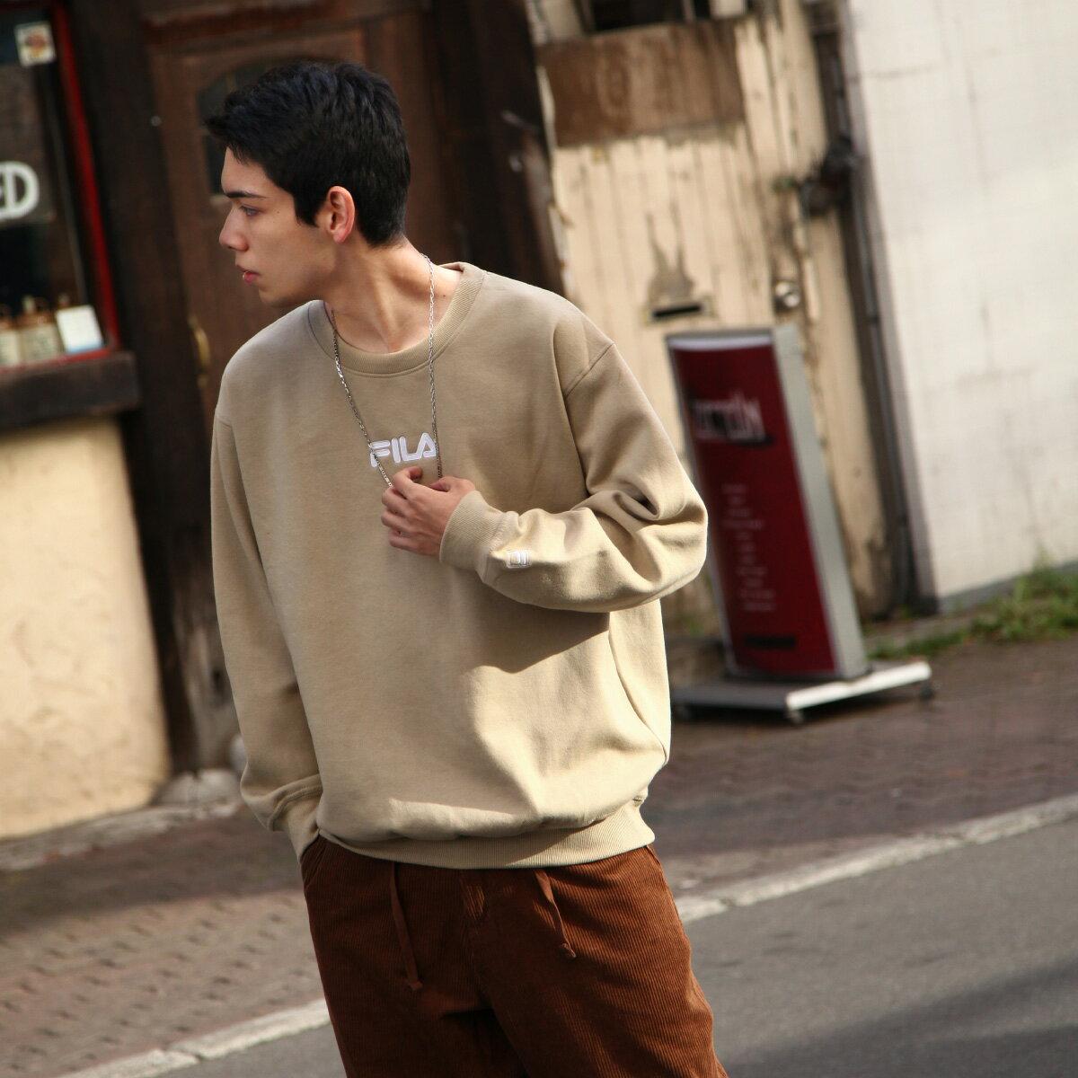 【FILA】中心刺繡運動衫 2