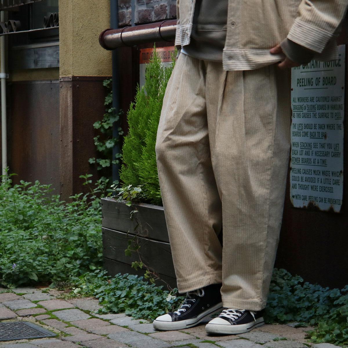 燈芯絨休閒長褲 寬版 1