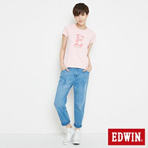 【網路限定款。8折優惠↘】EDWIN 海浪紋E字 短袖T恤-女款 淺粉紅 3