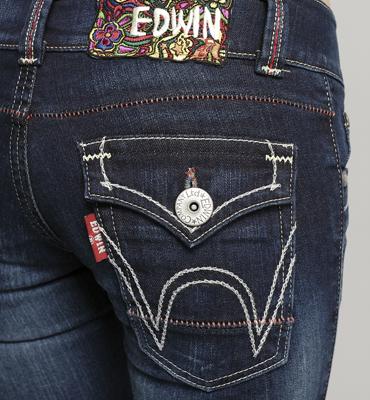 【990元優惠↘】Miss EDWIN 袋蓋靴型牛仔褲 女款 酵洗藍 2