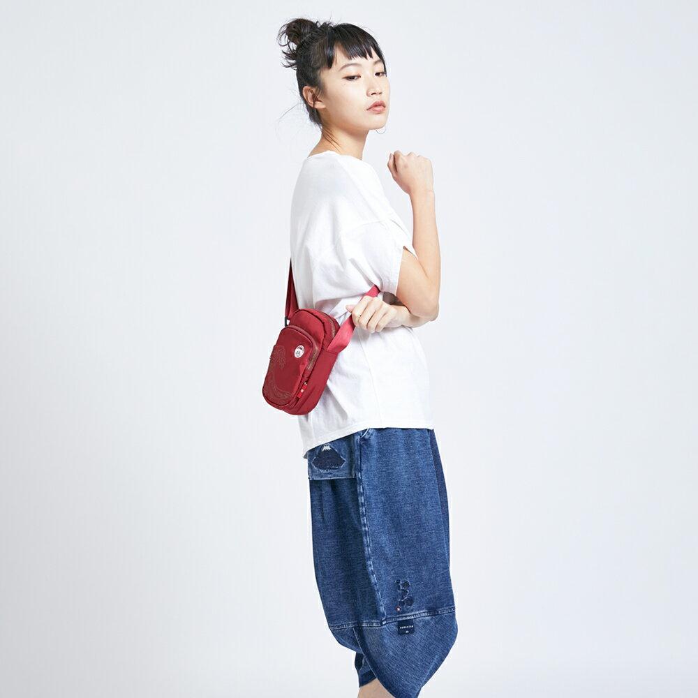 新品↘EDOKATSU江戶勝 限量富士山繡海浪 小側背包-中性款 紅色 7