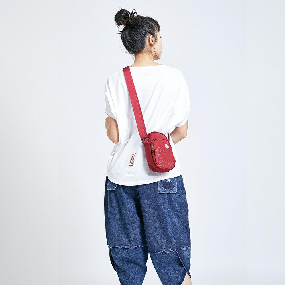 新品↘EDOKATSU江戶勝 限量富士山繡海浪 小側背包-中性款 紅色 8