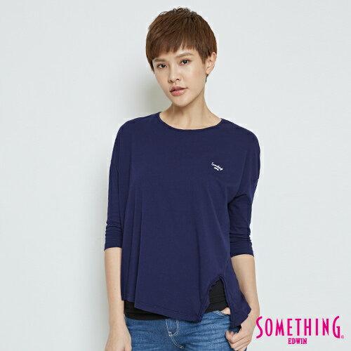 【限量5折↘】SOMETHING素面造型開岔五分袖T恤-女款藍色【5月會員消費滿3000元再賺15%點數】