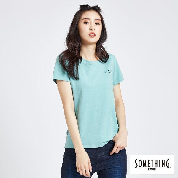 【新品上市↘】SOMETHING簡約刺繡短袖T恤-女款綠色【5月會員消費滿3000元再賺15%點數】