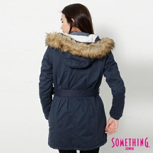 【網路限定款。5折優惠↘】SOMETHING 休閒俐落 毛領長版舖棉外套-女-灰藍 1