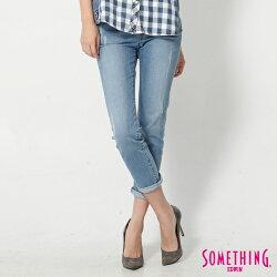 新品↘SOMETHING NEO FIT 鋸齒壓線 八分牛仔褲-女款 拔淺藍
