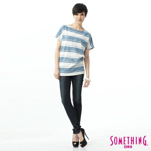 【過年加碼。2件再9折優惠↘】SOMETHING V-HIP皮飾窄直筒褲-女款 原藍磨 2
