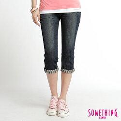 SOMETHING V-hip 反折斑馬紋提臀七分牛仔褲-女款 輕水洗深藍