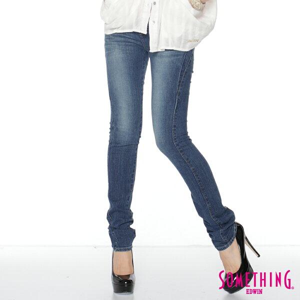 SOMETHINGSTORY1中腰提臀窄直筒牛仔褲-女款石洗藍SILM