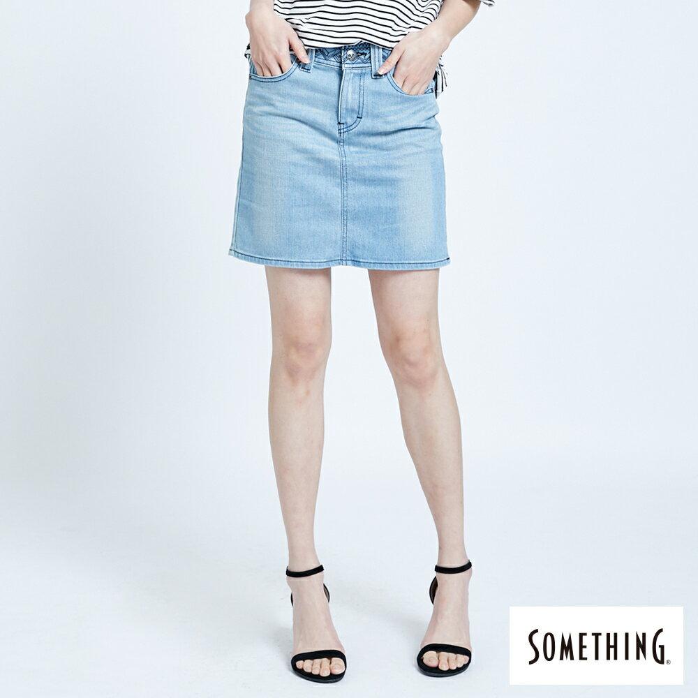 SOMETHING NEO FIT 腰頭繡花刷色 牛仔短裙-女款 拔淺藍 SKIRTS 0