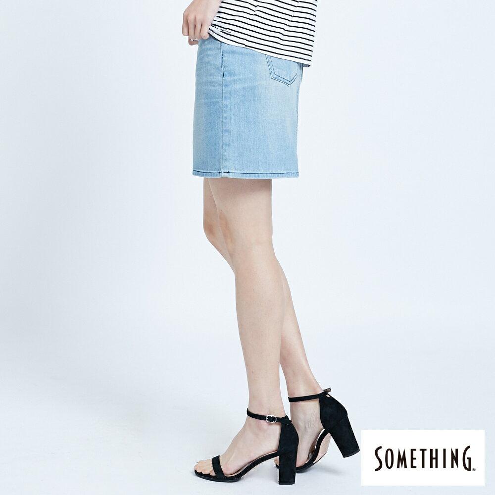 SOMETHING NEO FIT 腰頭繡花刷色 牛仔短裙-女款 拔淺藍 SKIRTS 4