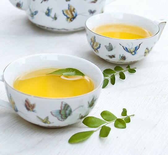 免運【熱賣組合】阿里山(烏龍茶+金萱茶)  揚名國際的好茶(原價800元), 阿里山山脈的優質茶品即刻一次滿足, 不同的清雅茶香全然擁有! 大量訂購請先來信洽詢另有優惠 E-Mail: teamast