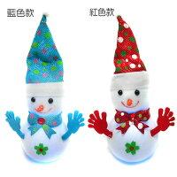 幫家裡聖誕佈置裝飾到粉彩聖誕帽Q雪人擺飾兩入組(紅款+藍款)內含LED燈可發光YS-CTD016005