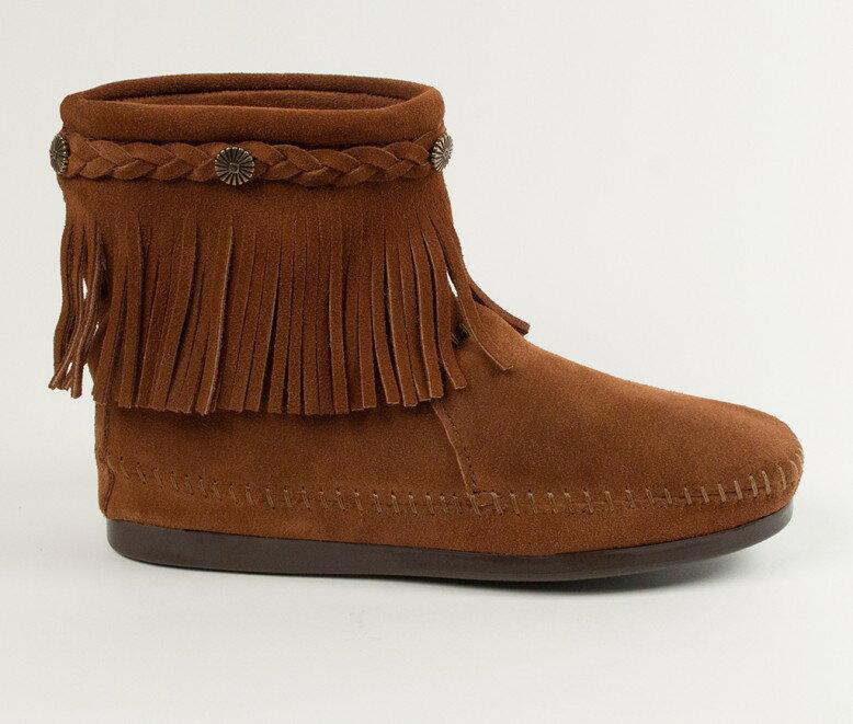 【Minnetonka 莫卡辛】棕色 - 麂皮後拉鍊流蘇莫卡辛短靴 2