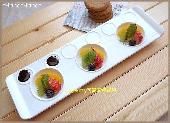 asdfkitty可愛家☆三鄉陶器 迪士尼米奇白色3格陶瓷盤/醬料碟/點心皿-日本正版商品