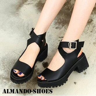 ALMANDO-SHOES ★黑色小厚底涼鞋★ 韓國空運