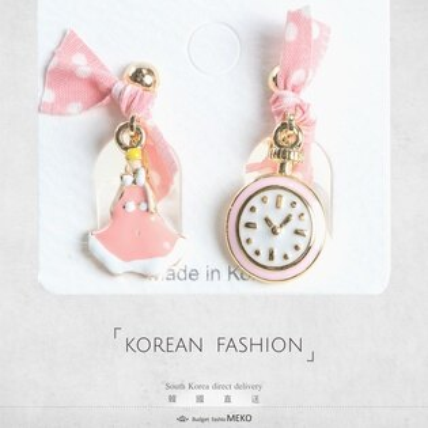 meko美妝生活百貨:粉紅緞帶夾式耳環
