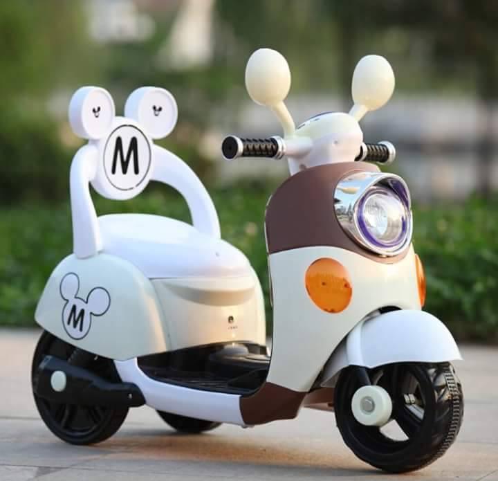 米奇靠背電動車 / 機車  米白款