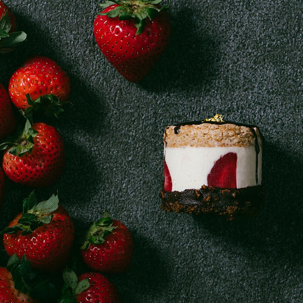 破盤5折↘美到哭!2018夢幻聖誕甜點 【樂樂甜點】新品上市 ❤草莓脆皮提拉米蘇(9入 / 盒) 2