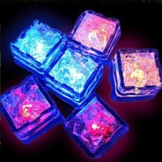 【省錢博士】七彩發光冰塊 / LED感應小夜燈