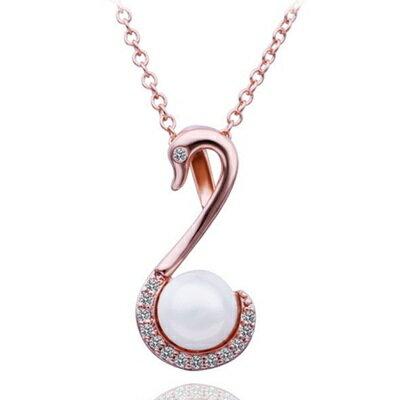 ~純銀鍍18K金~~項鍊~珍珠吊墜~優雅天鵝 鑲鑽生日母親節 女飾品73ce254~ ~~