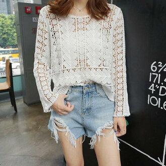 PS Mall 韓版新款寬鬆鏤空蕾絲衫罩衫雪紡純色長袖T恤【T2307】