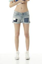 Lee 反摺拼接牛仔短褲/VL-淺藍色-女款