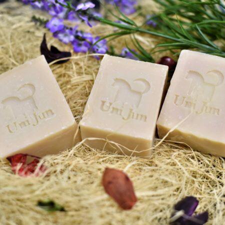檜木馬油蠶絲手工肥皂(六個月)120g�6g