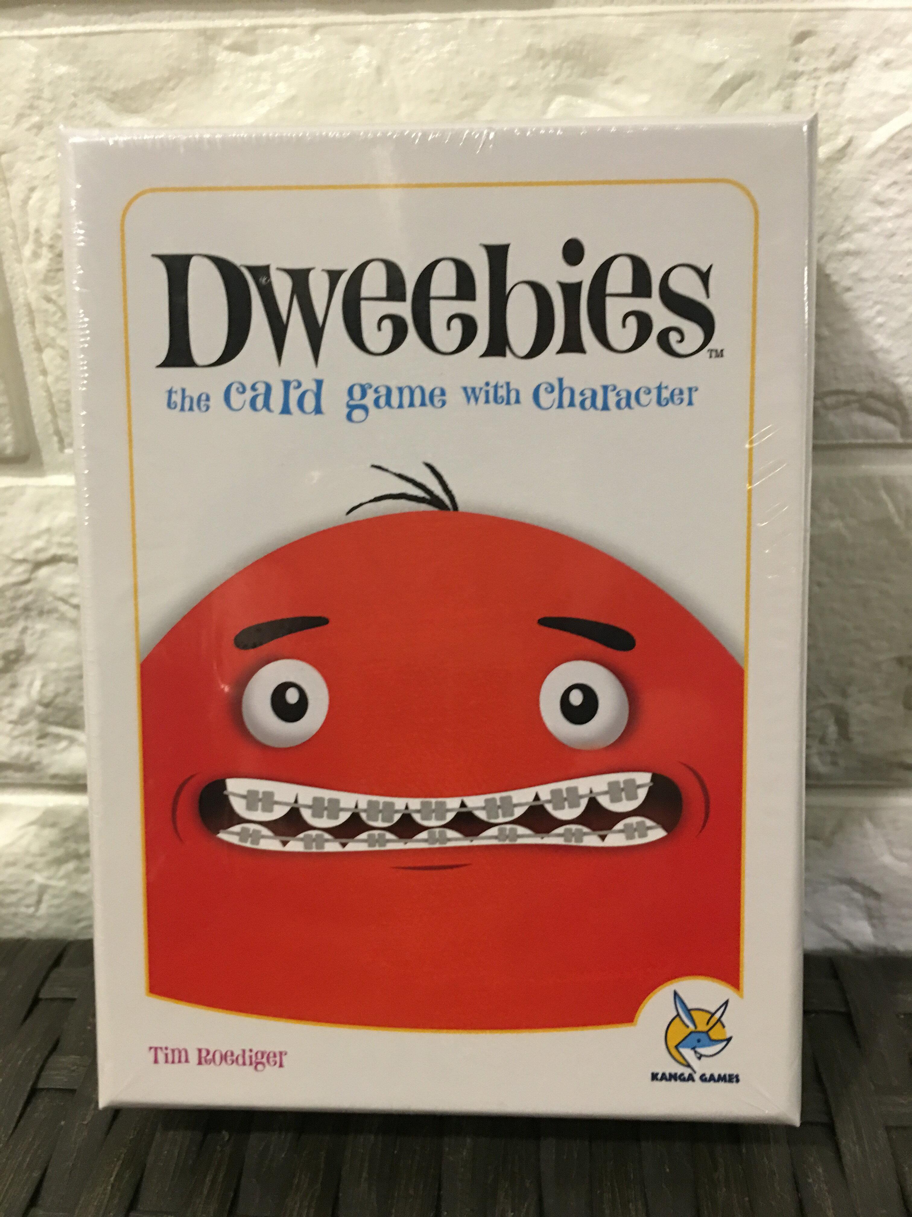 【桌遊侍】怪咖Dweebies 正版現貨 實體店面快速出貨《免運.再送充足牌套》任兩件再九折喔!