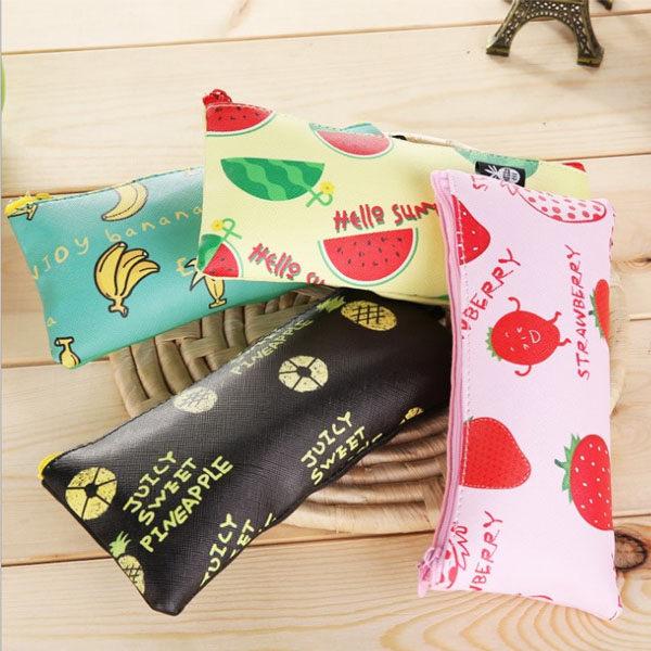 筆袋-可愛鮮豔水果家族防水PU鉛筆盒 筆帶 收納袋 化妝包【AN SHOP】