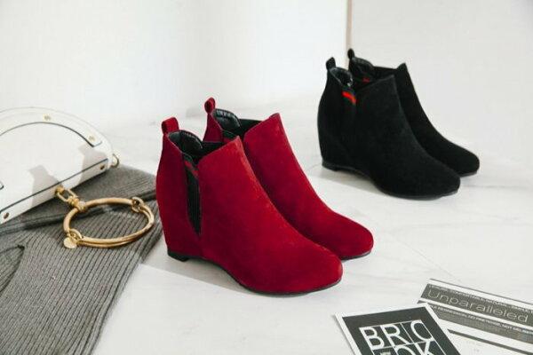 Pyf♥新款低跟短靴坡跟內增高側彈性短筒磨砂絨面平底單靴加大45大尺碼女鞋
