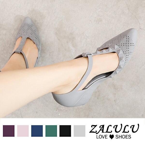 8U336 現貨+預購 個性鉚釘T字帶楔形鞋-黑 / 灰 / 藍-36-39【ZALULU愛鞋館】 5