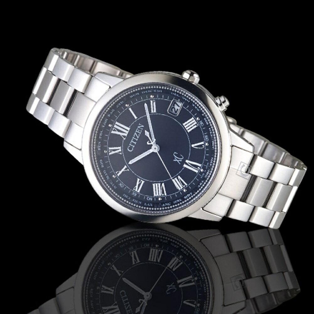 CITIZEN 星辰 xC系列城市環越鈦金屬電波限量腕錶    CB1100-57E